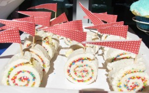 Rainbow fairy bread pinwheels (2)