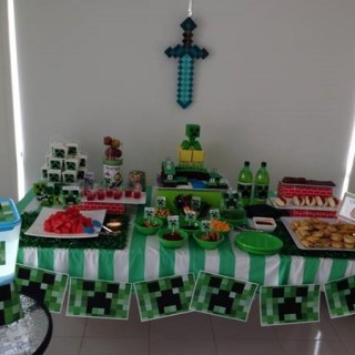 Minecraft Party - Main Image